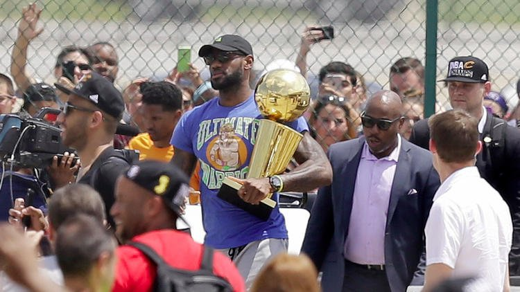 c4310fc5dc4 LeBron James trolls Golden State with an