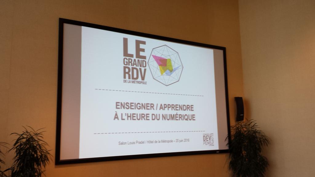 Thumbnail for Enseigner / Apprendre à l'heure du numérique #LeGRDVmetro #Lyon