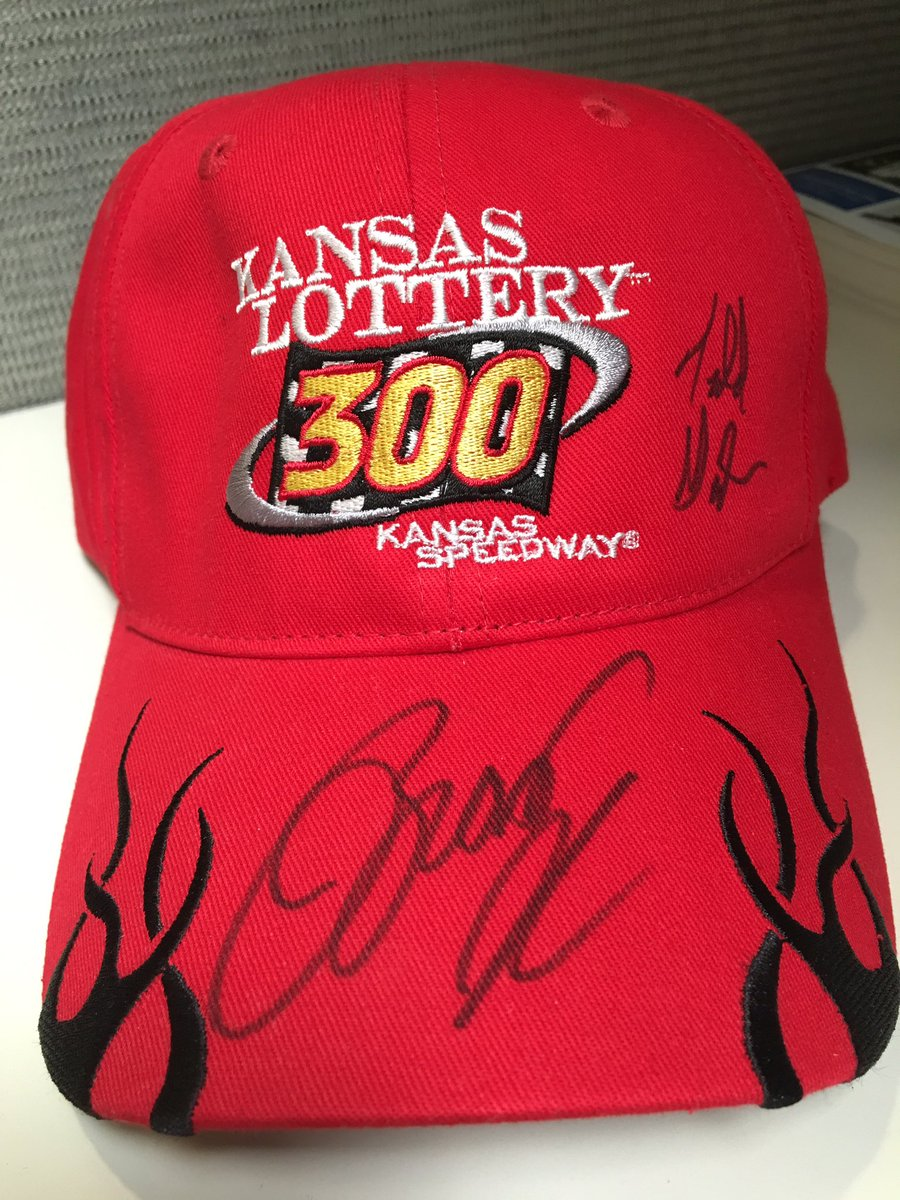 To celebrate the #FirstDayOfSummer, we are giving away this #KL300 hat signed by @Keselowski! RETWEET TO WIN! https://t.co/c0YS2fYngz