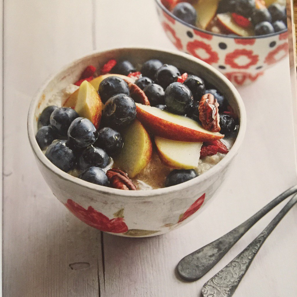This morning will be fuelled by some of my quinoa porridge from #cookhappycookhealthy energy needed for a busy day! https://t.co/aESGLjWcsk