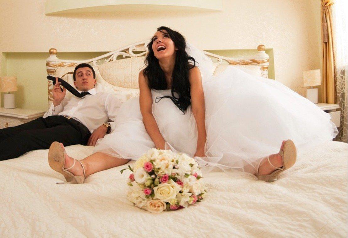 вас молодожены первая брачная ночь видео изустно утекающий перфилиевич