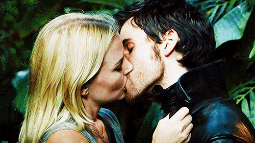 My #TeenChoice for #ChoiceTVLiplock @jenmorrisonlive @colinodonoghue1 #OUAT #CaptainSwan https://t.co/Jnnc4b4q2f