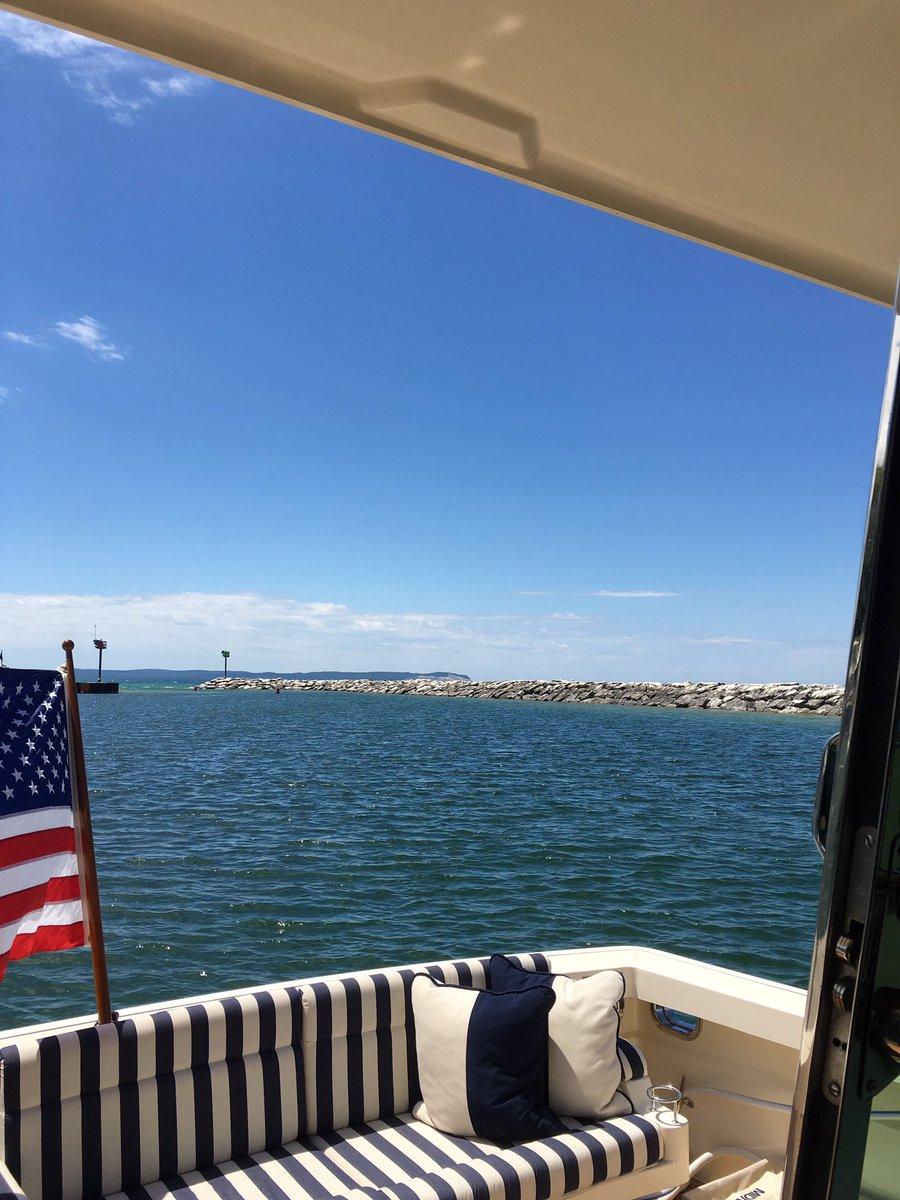 Glorious day on the water in Leland #Michigan #PureMichigan https://t.co/2DHBgWNuCZ
