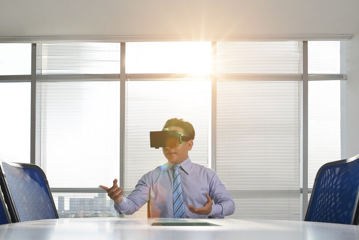 Humanizing VR Part 1: Could Virtual Reality Help Manipulate Time Perception?
