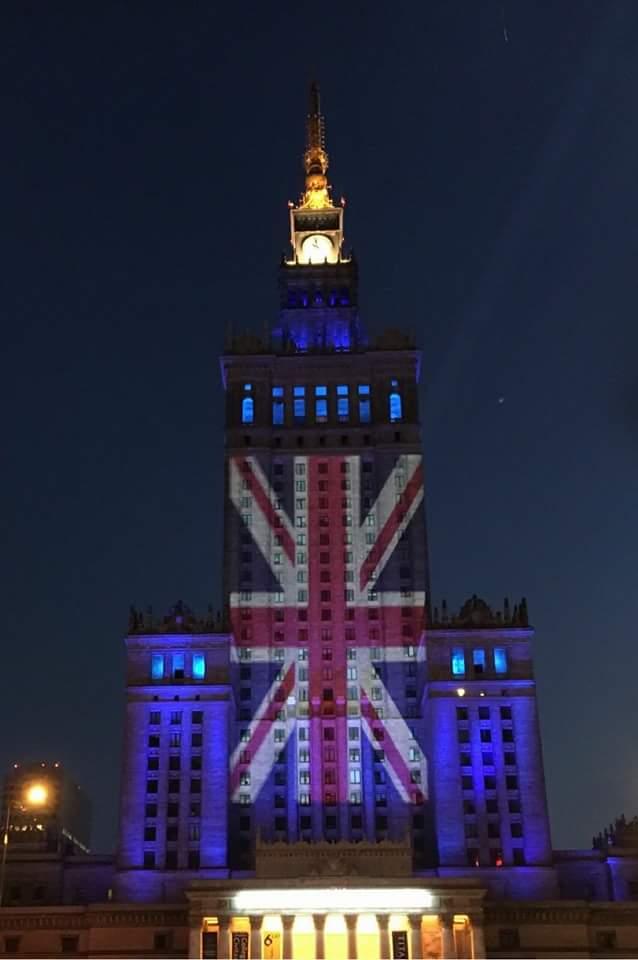 Britain, please #VoteRemain, says Warsaw. https://t.co/uto32YAxwp