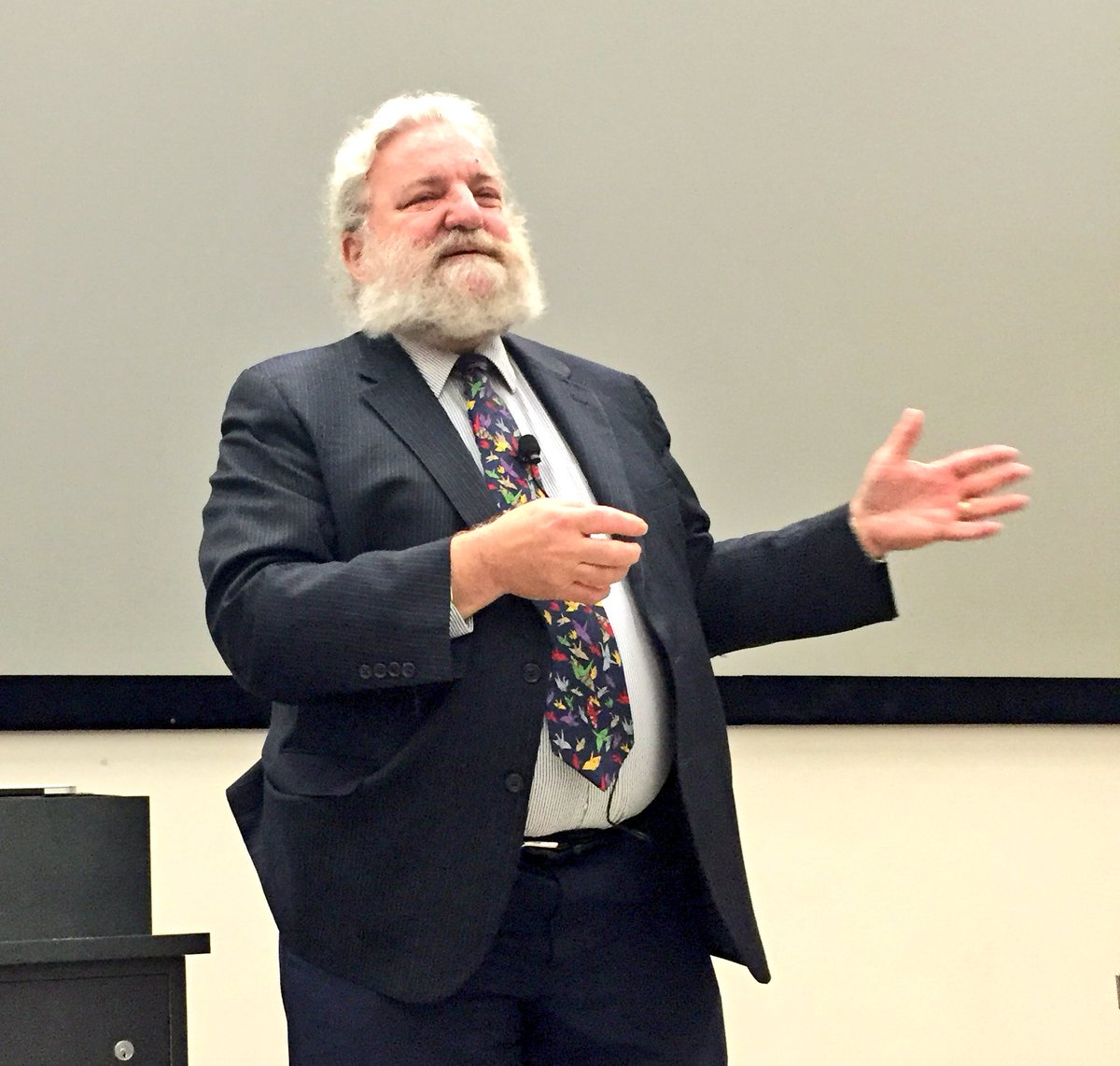Dr. David Helfand: communication, collaboration and resilience - most valuable skills in today's world #STLHE16 https://t.co/a8LS8PAsbw