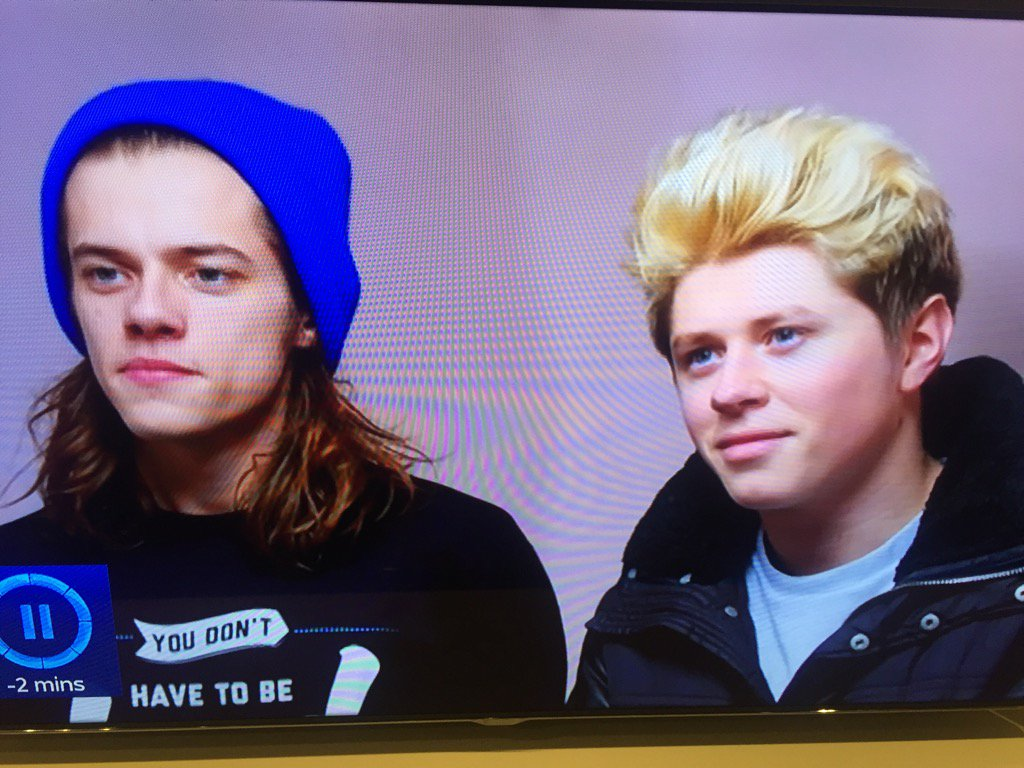 Looking good @Harry_Styles @NiallOfficial https://t.co/vHxsEmJSTC