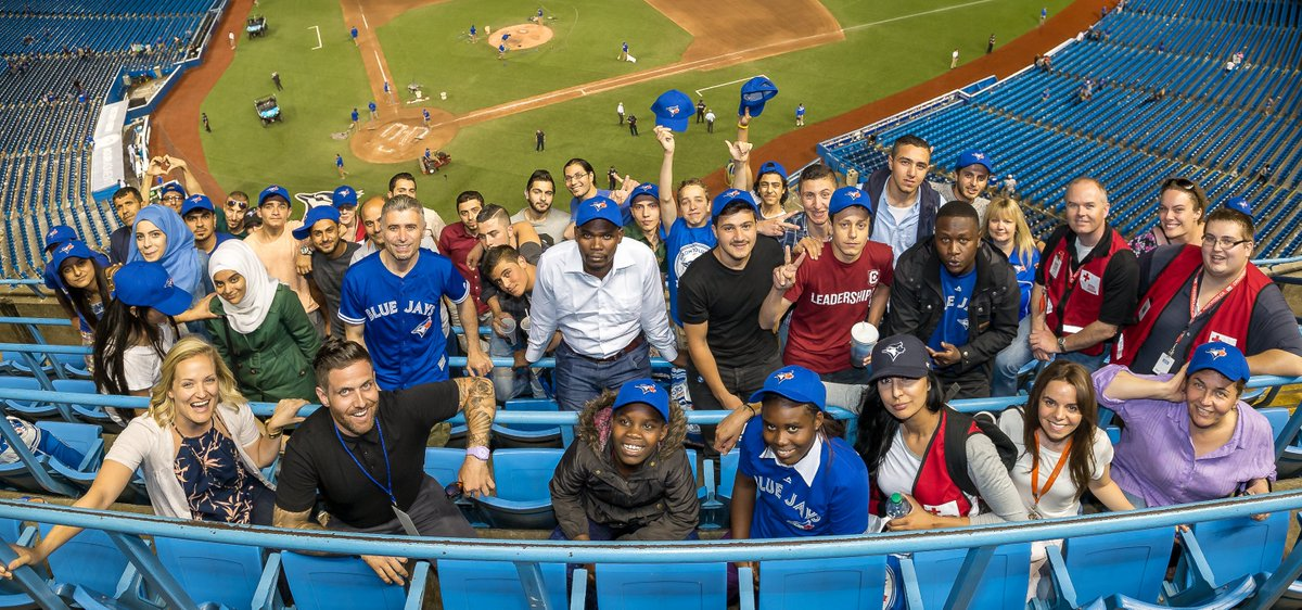 Last night, @Sportsnet & @Rogers went #BeyondTheBallpark & brought 43 #Syrian refugees to their first @BlueJays game https://t.co/XQGuT2i2j6