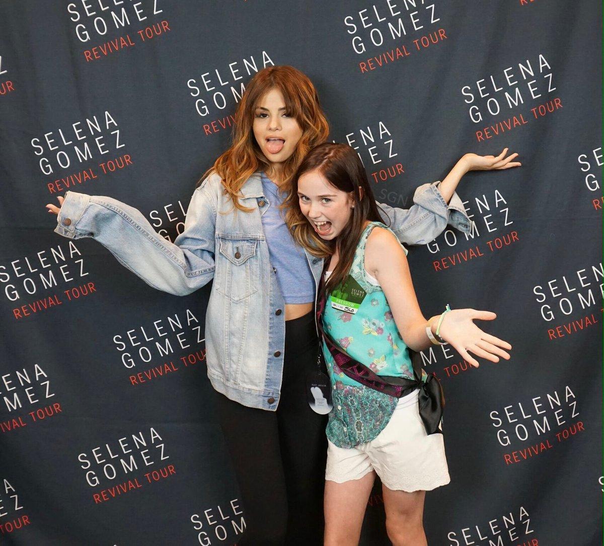 Selena Gomez News On Twitter Tulsa Meet Greet Revivaltour