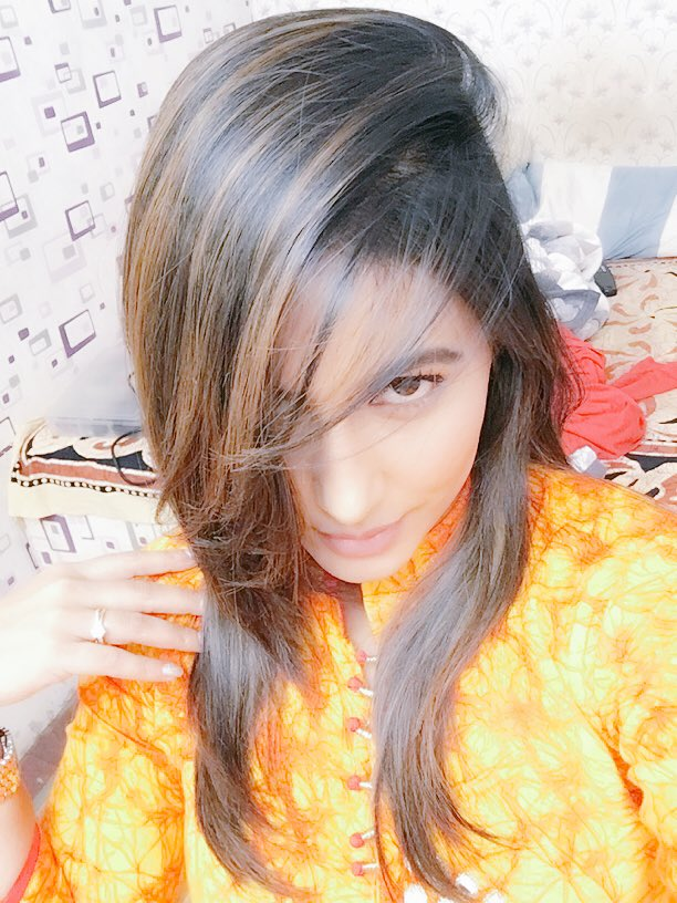 Hina Khan On Twitter Sorry I Cant Hear U Over The Volume Of My