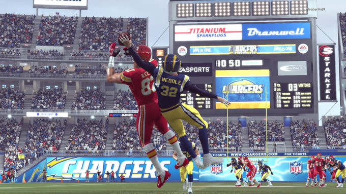 Chiefs @ Chargers ClkWYf8WMAA-gam