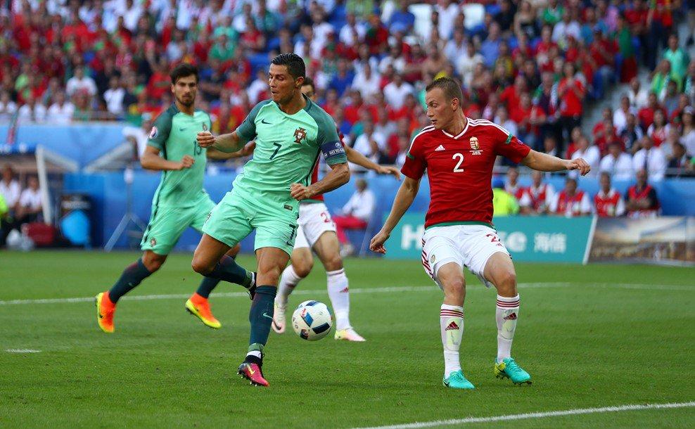 هدف رونالدو الرائع بالكعب في منتخب المجر