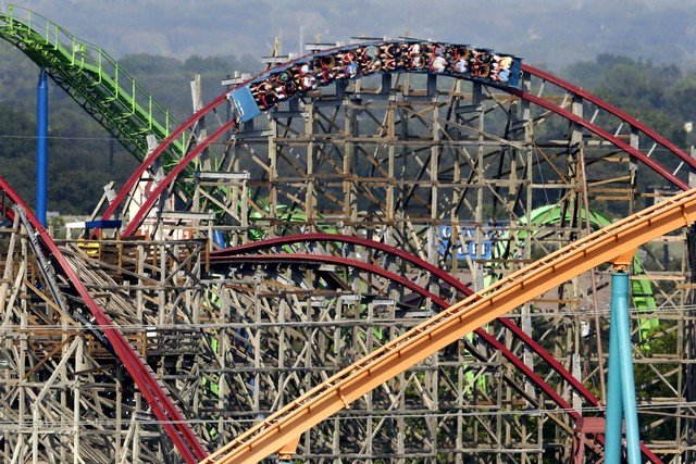 Six Flags denies reports over plans for Saudi Arabia theme park https://t.co/WW65yeKWNt https://t.co/wzSmNWWT7N