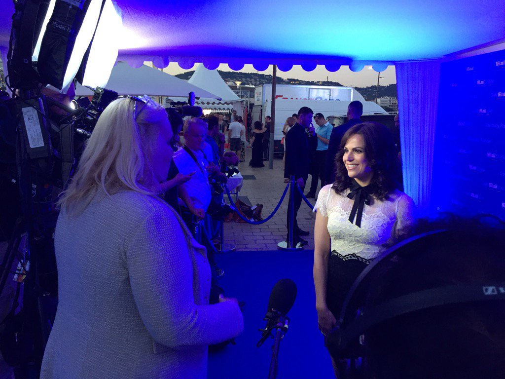 At @MailOnline w @LanaParrilla #canneslions #redcarpet https://t.co/YUOo00hGc8