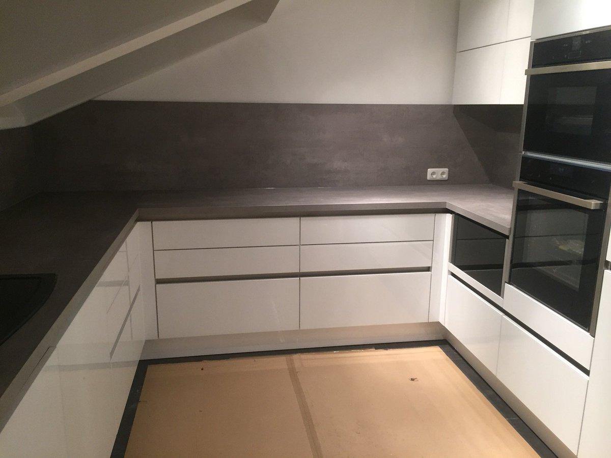 dunstabzug versenkbar wei silber braun rund oder eckig es gibt sie alle lsst sich jedoch. Black Bedroom Furniture Sets. Home Design Ideas