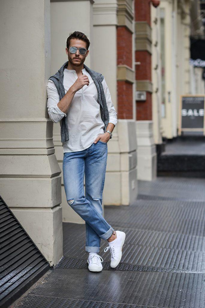 Otokomae 男前研究所 Twitterren メンズ白スニーカーコーデ 夏の着こなしに軽快感を与えてくれる白スニーカーにフォーカスして注目の着こなし アイテムを紹介 T Co Z7h2ljhp8o メンズファッション