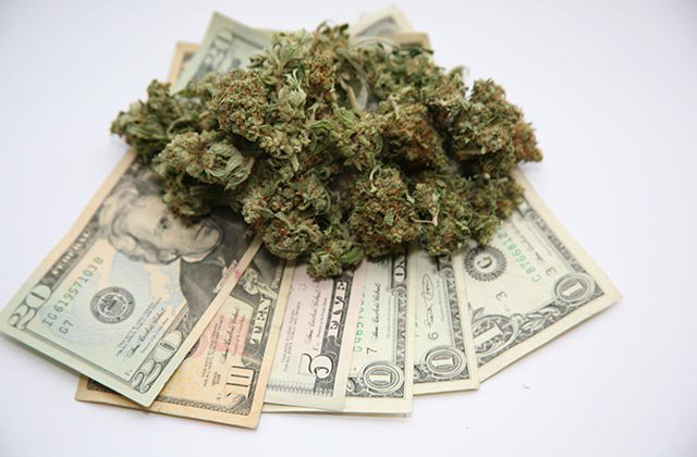 Portland Commissioner Seeks to Expunge Prior Weed Convictions with Pot Tax