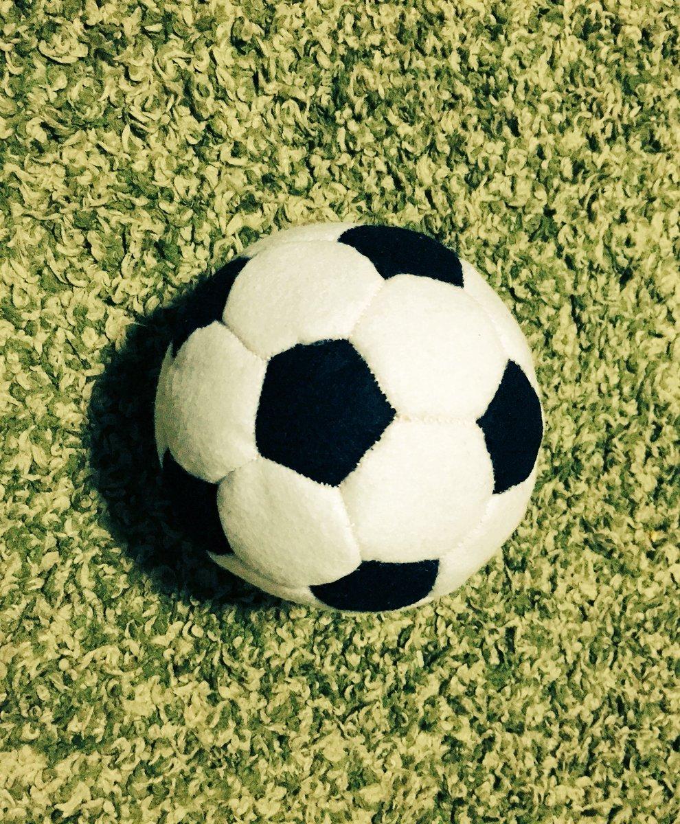 室内サッカーボールの作り方と参考作品集♡古着リメイクにも♪