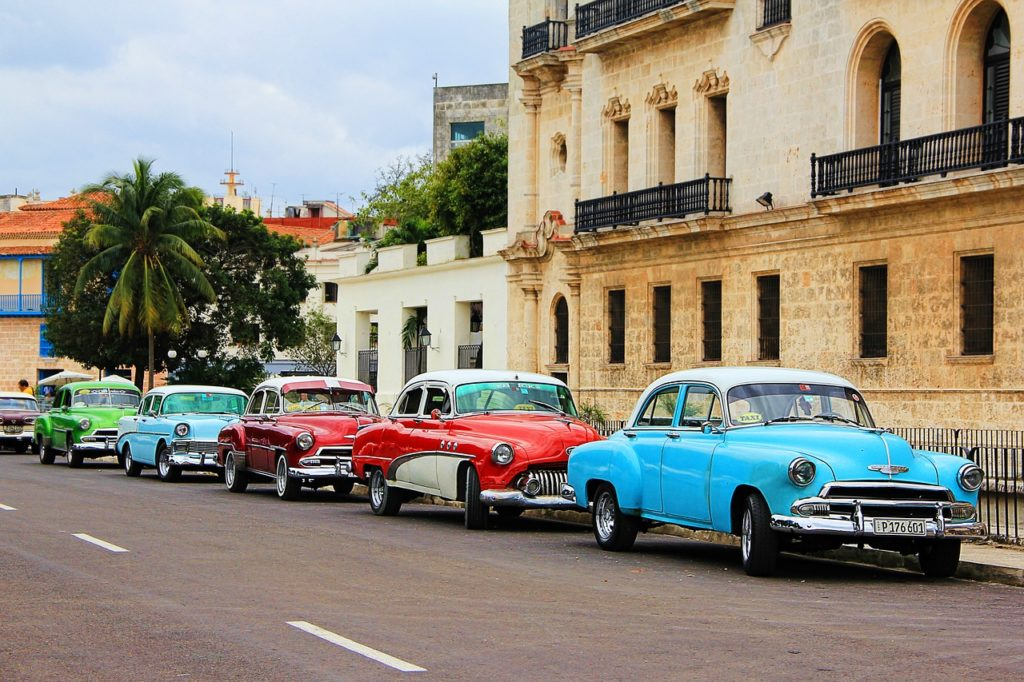Flights to Cuba - $286 - Now Bookable on American Airlines - https://t.co/AzDwFzOBZL https://t.co/VjISvmABjG