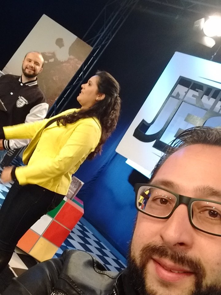 Hoje estou no @revolucaojesus na @TVCancaoNova tema: realidade x virtual https://t.co/qwwhttWyHL