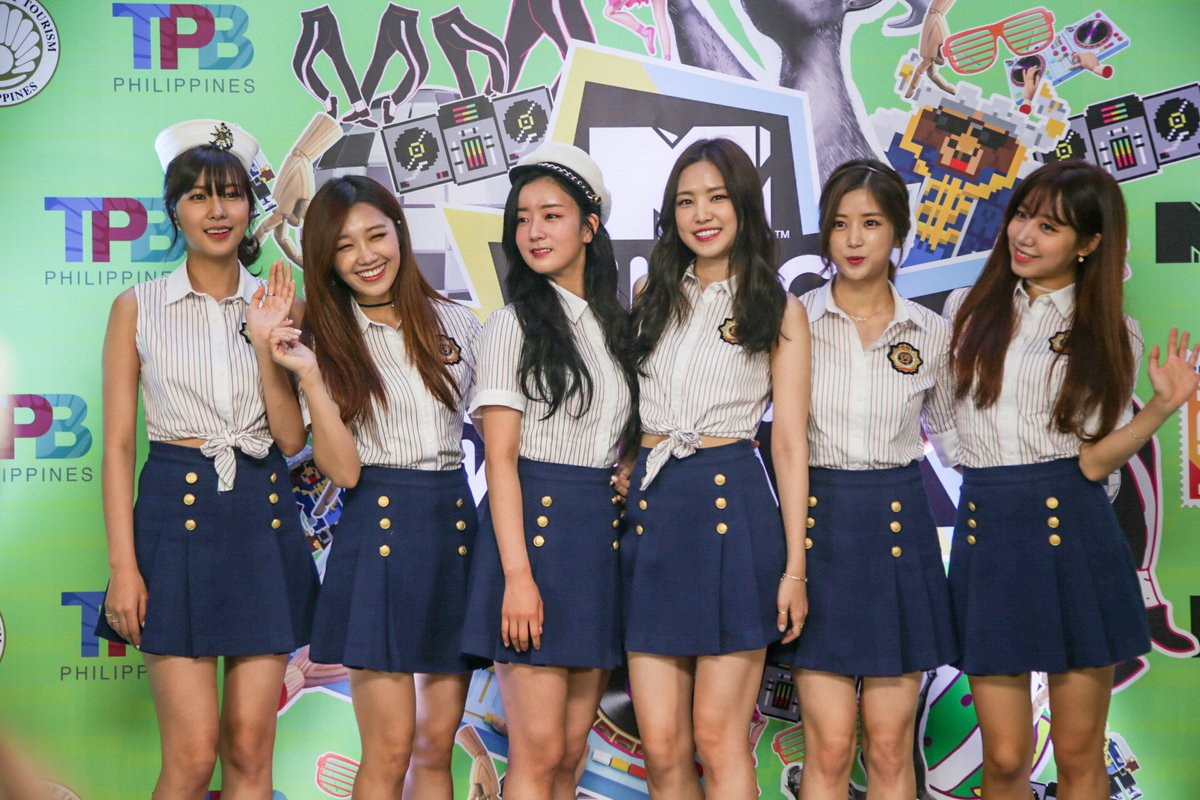 The girls from @Apink_2011 will be performing tonight at #MTVMusicEvo in Manila. Any favourites? #kpop https://t.co/HrTJVnAyU9