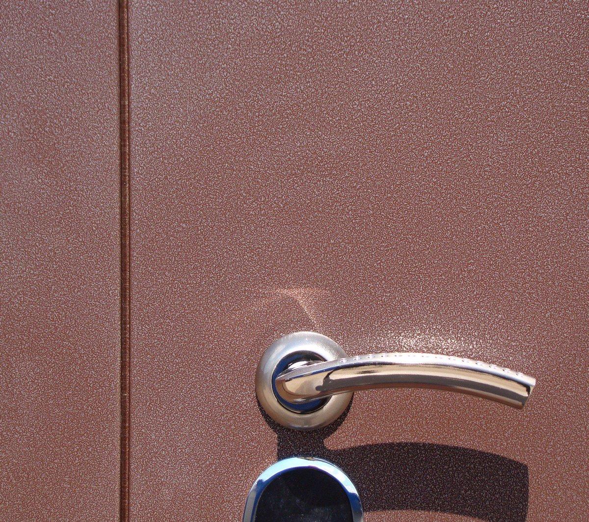 порошково полимерное покрытие в железных дверях