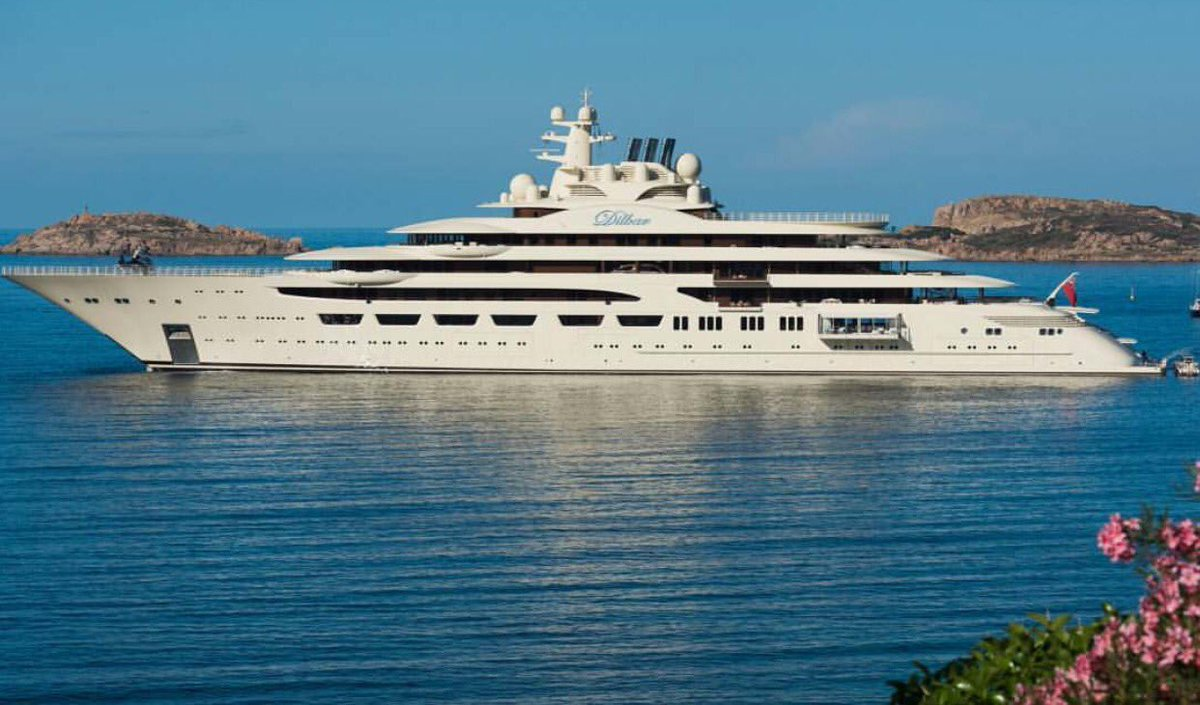 Dave Hahnraths On Twitter Biggest Yacht In The World In Volume