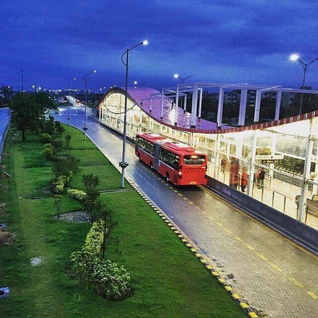 "Beautiful Islamabad: PML(N) On Twitter: ""Beautiful View Of Metro Bus #Islamabad"