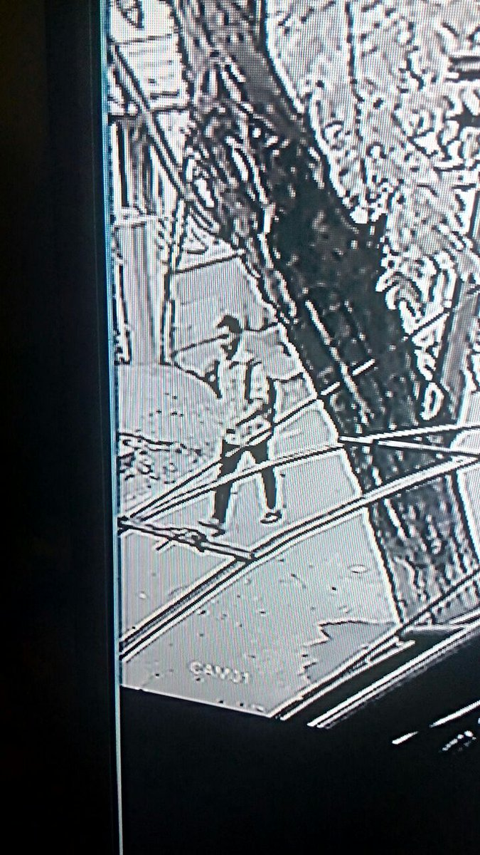 Pic of suspect in Chennai techie murder case. Call police at 1512 if you know this person says RPF SP https://t.co/0iQFkUBzhD
