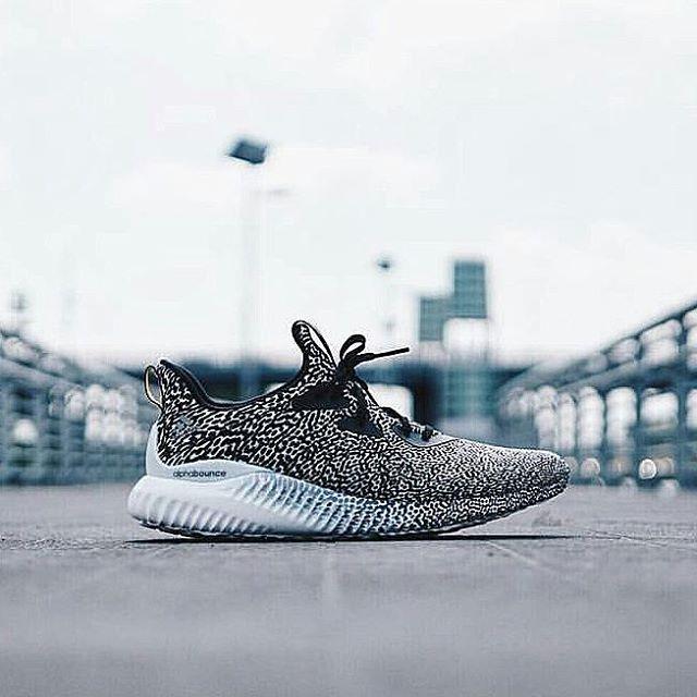 grand choix de 474cc 904d8 Sneaker Shouts™ on Twitter: