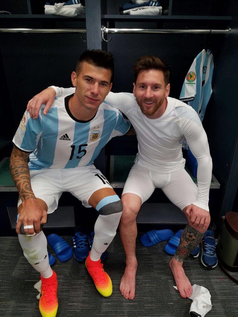Cuesta y Messi