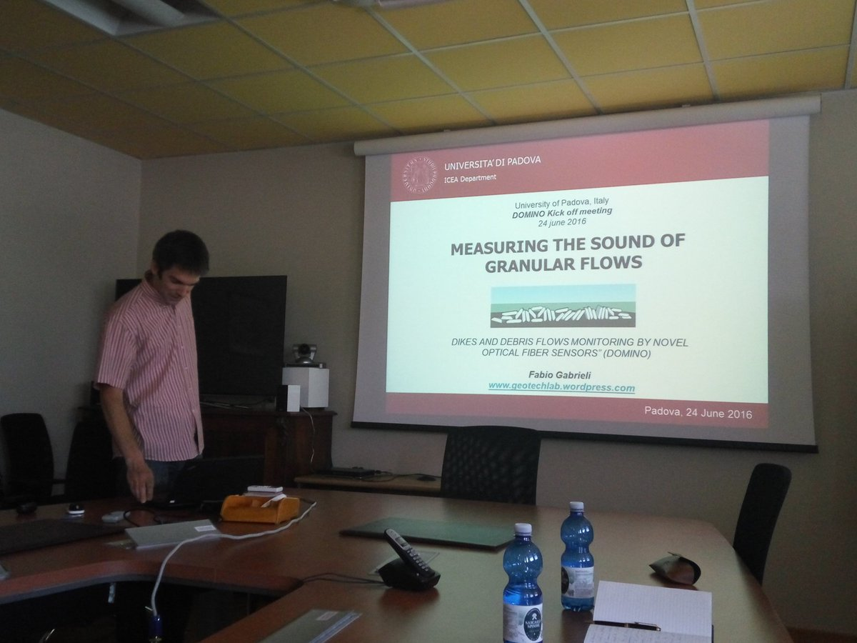 Fabio Gabrieli from ICEA-UNIPD talks about sounds of granular flows!@WaterJPI