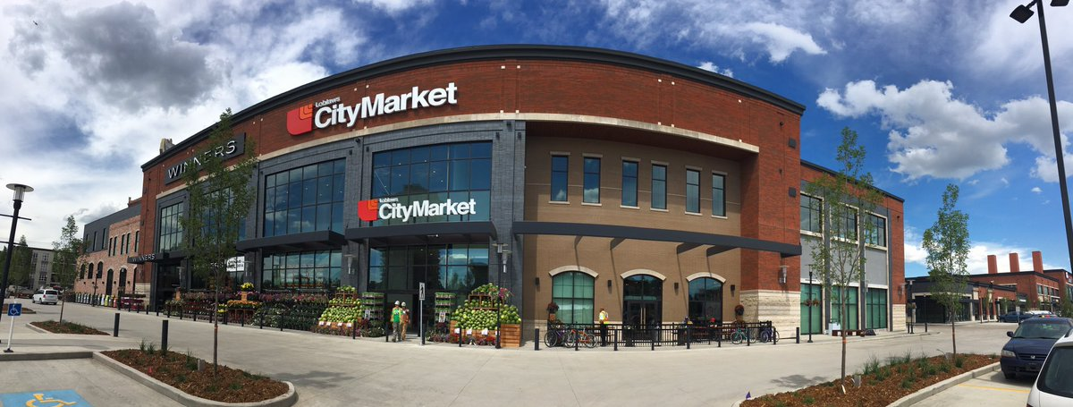 Now open - the #Loblaws City Market in the #Edmonton Brewery District! This store is gorgeous. Come. #WeLoveFood https://t.co/wu7FNu5hsz