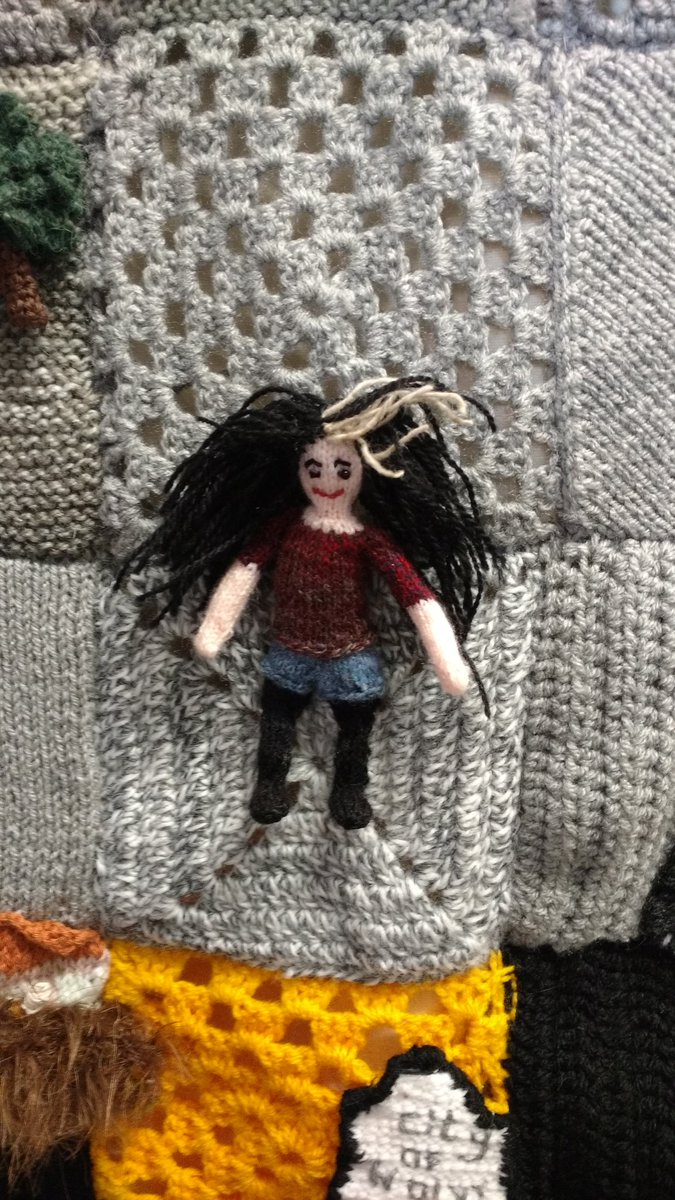 There's a mini @caitlinmoran on the @WoolVerhampton knitted map of #Wolverhampton https://t.co/UsZweV3Ckv