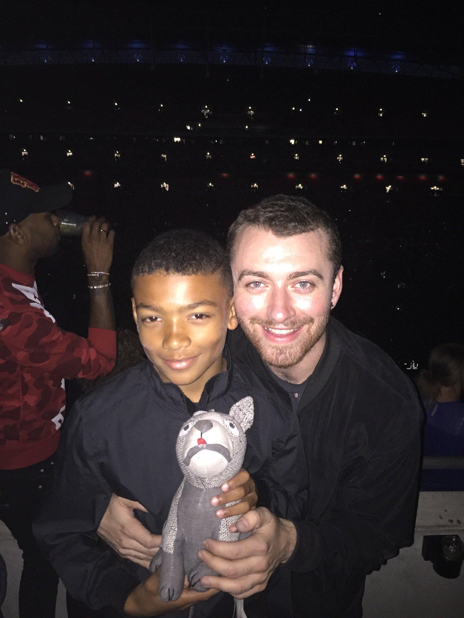 Gr8 Night   @wembleystadium  for Rhianna. Tyler got to meet Sam Smith and Phoenix got to meet his dad @disclosure https://t.co/aX6XRZvFWu