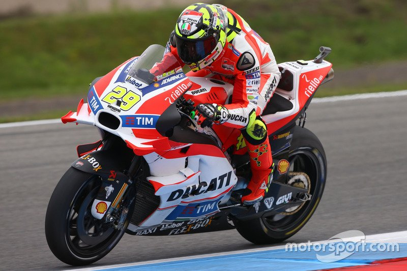 MotoGP, Olanda: storico Miller, Rossi caduta amara