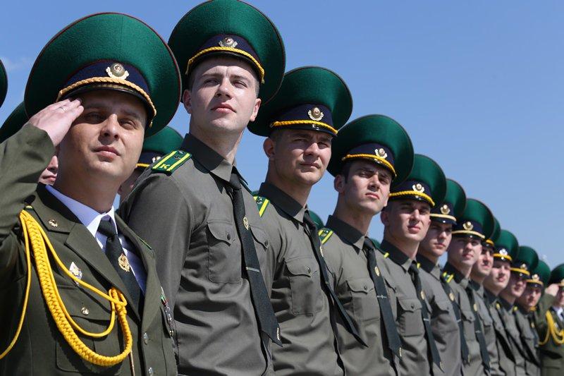 парадная форма пограничников россии фото название оно