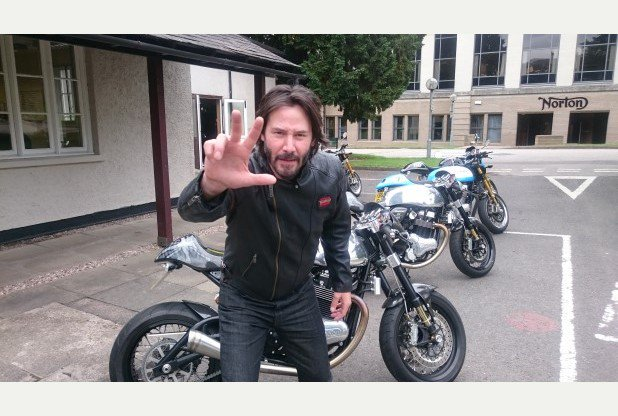 RT @Leicester_Merc: Keanu Reeves roars into Leicestershire on motorbike-themed trip https://t.co/FItD3Wldft https://t.co/EJUZA7g1ue