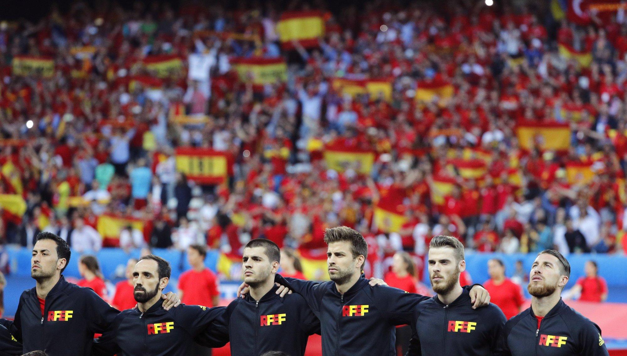 Hilo de la selección de España (selección española) Clz4iiaXEAA5R7t