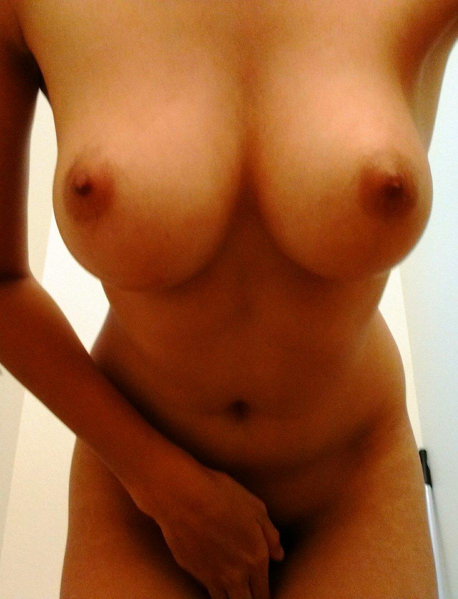 Nude Selfie 6458