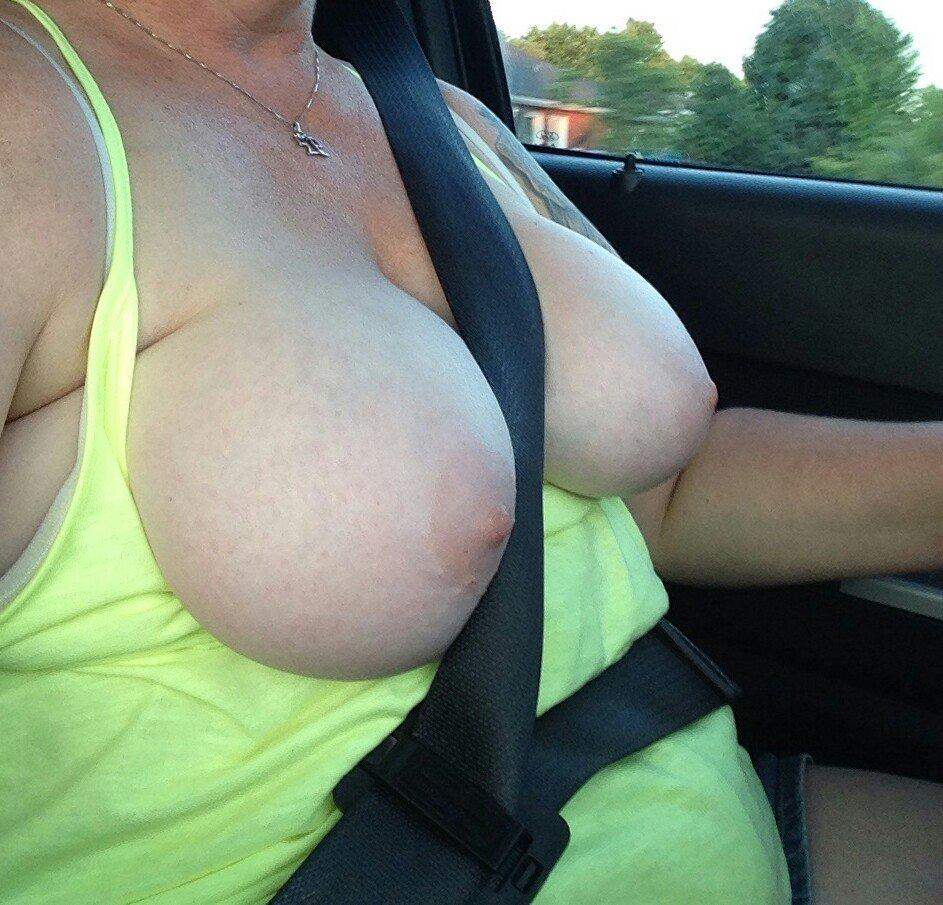 Nude Selfie 6476