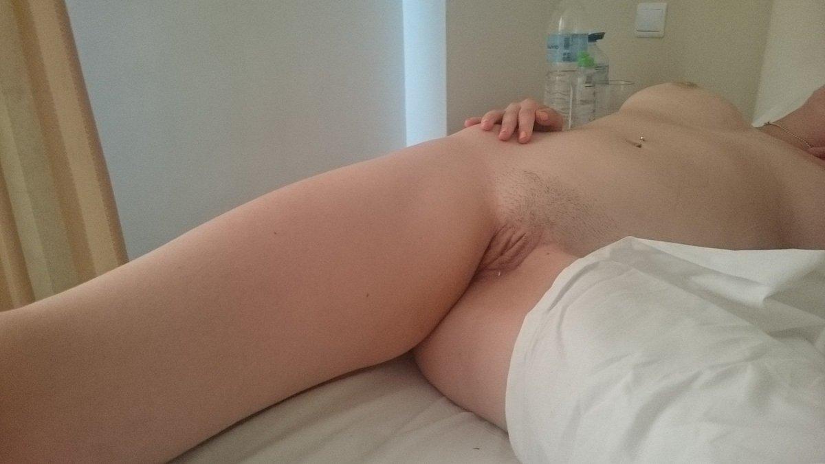 Nude Selfie 6485
