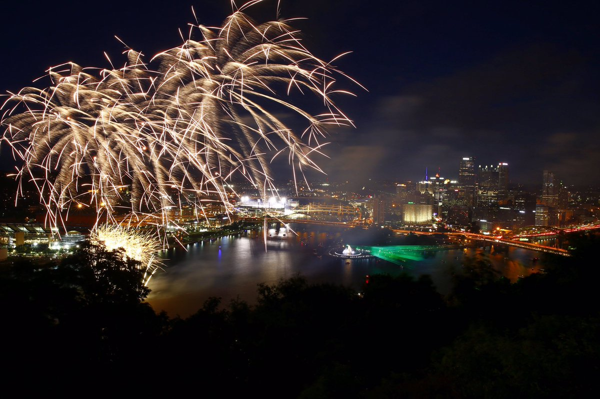 Happy 200th birthday, Pittsburgh! @PGHBicentennial https://t.co/S3UW4fx0a2