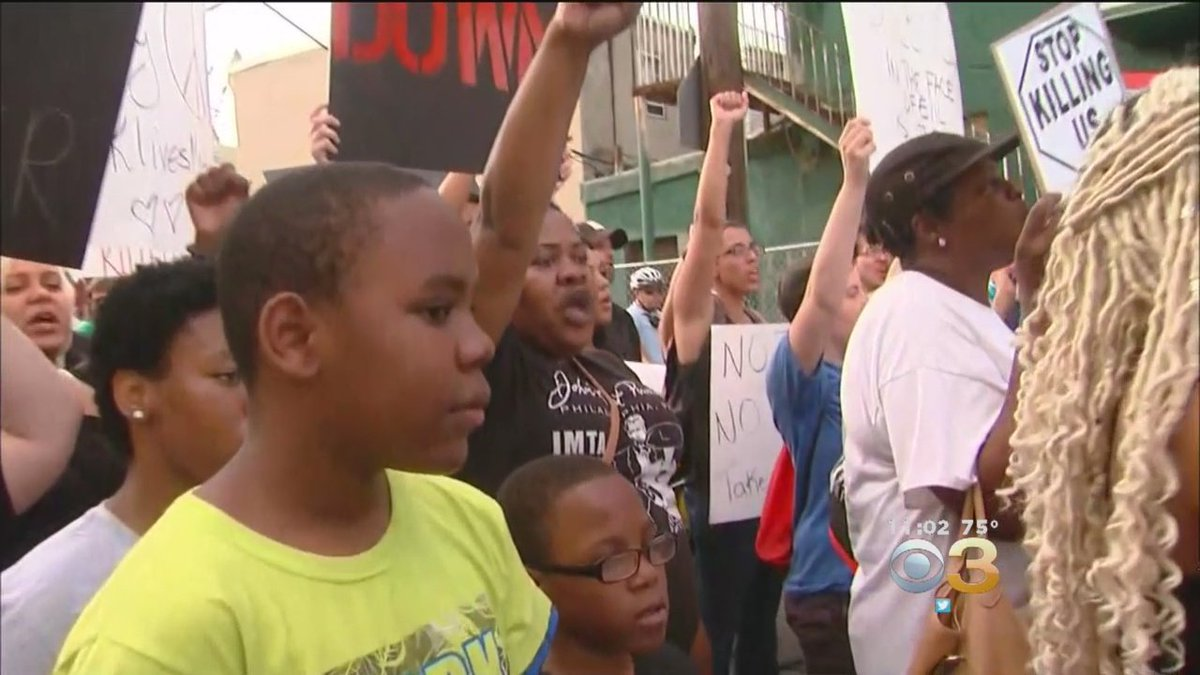 Police Brutality Protests In Philadelphia Continue For Fourth Straight Night https://t.co/6LEa114cmI #philly https://t.co/o6VZe3Pfb1