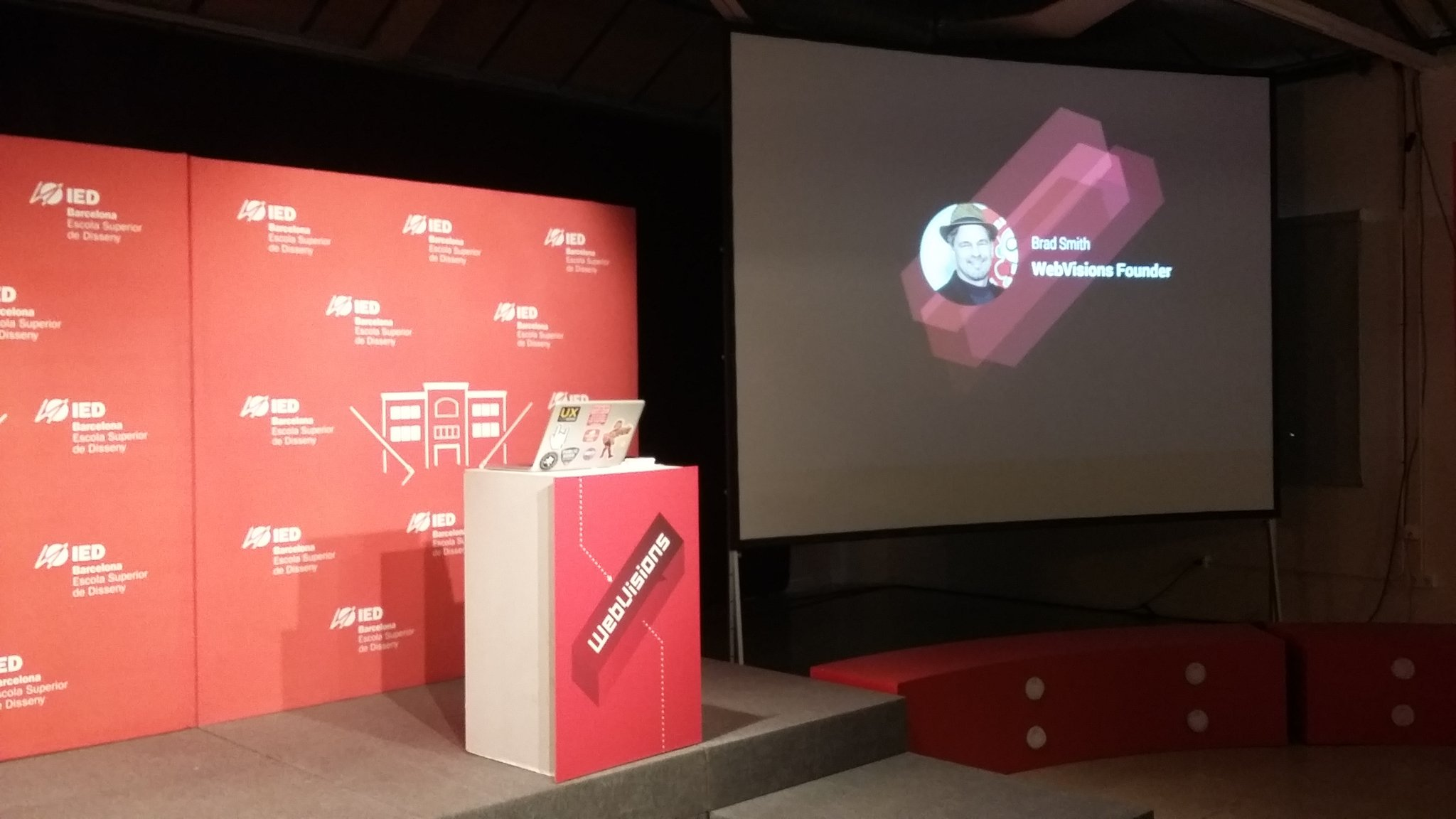 Ready to start! @webvisions Barcelona at @iedbarcelona #GoodDesignisGoodBusiness #design #communication https://t.co/hu4FMJ6Zwp