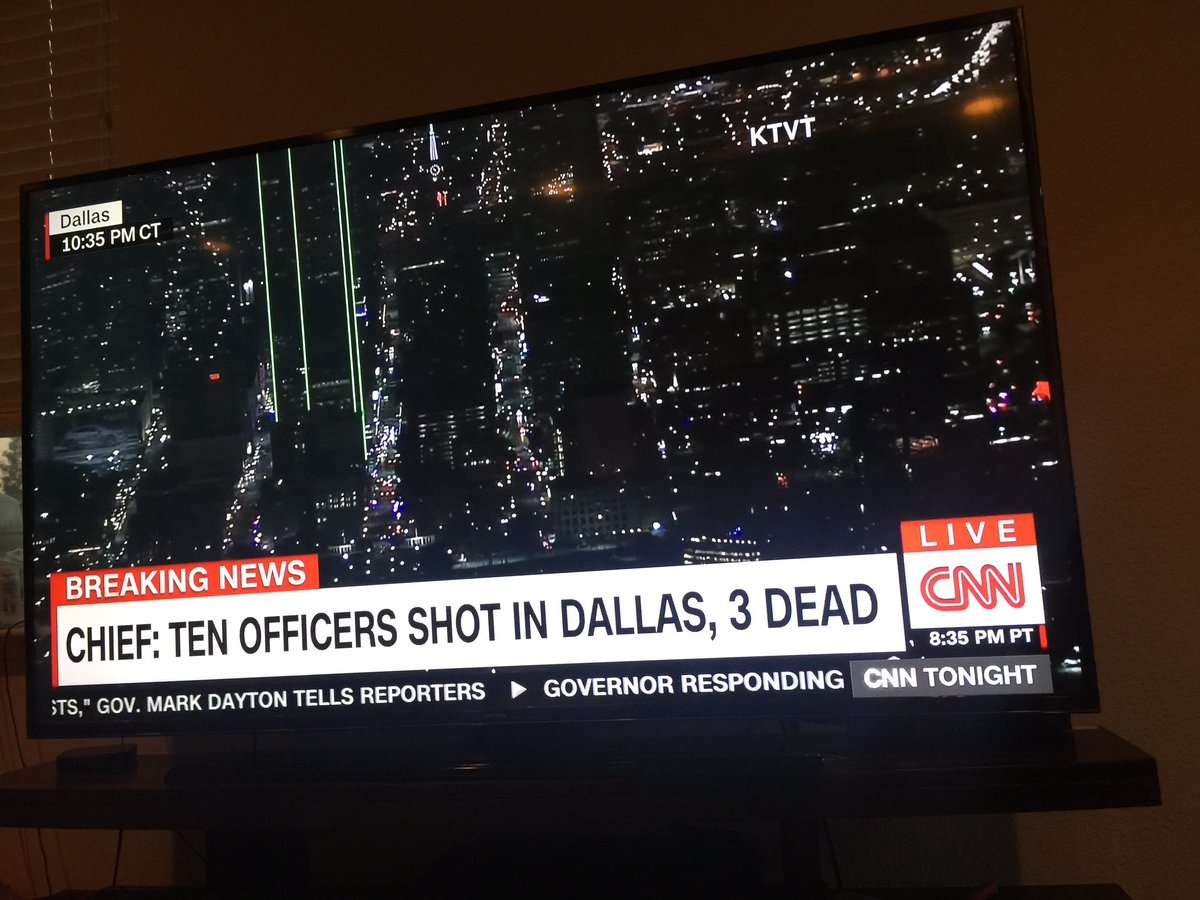 This isn't the way people. These officers in Dallas haven't done anything to harm anyone. What is going on??? https://t.co/oHo2vzJKD8