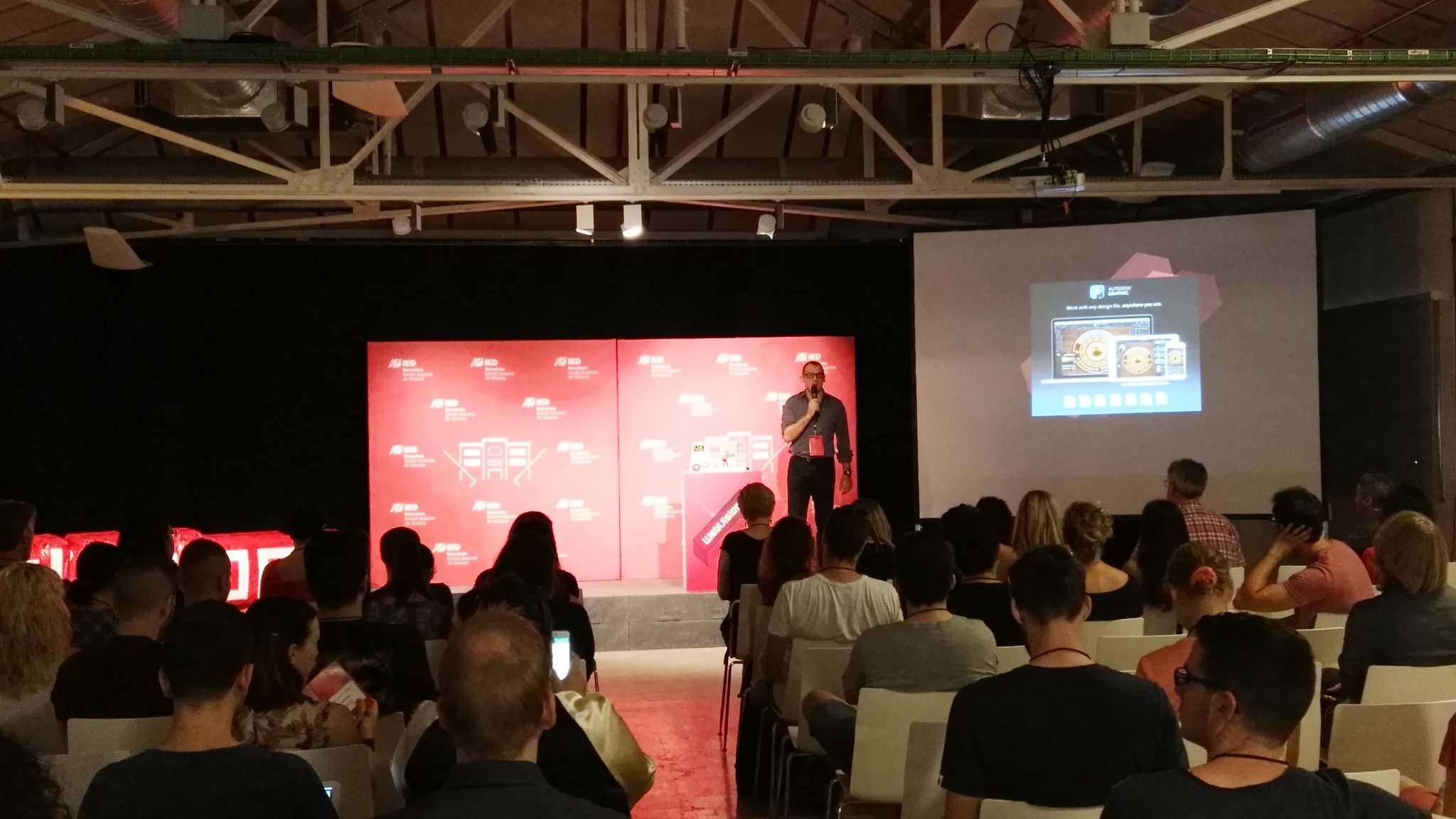 #Webvisions  conference barcelona starting, oh yeah! https://t.co/mMiWccl9ze