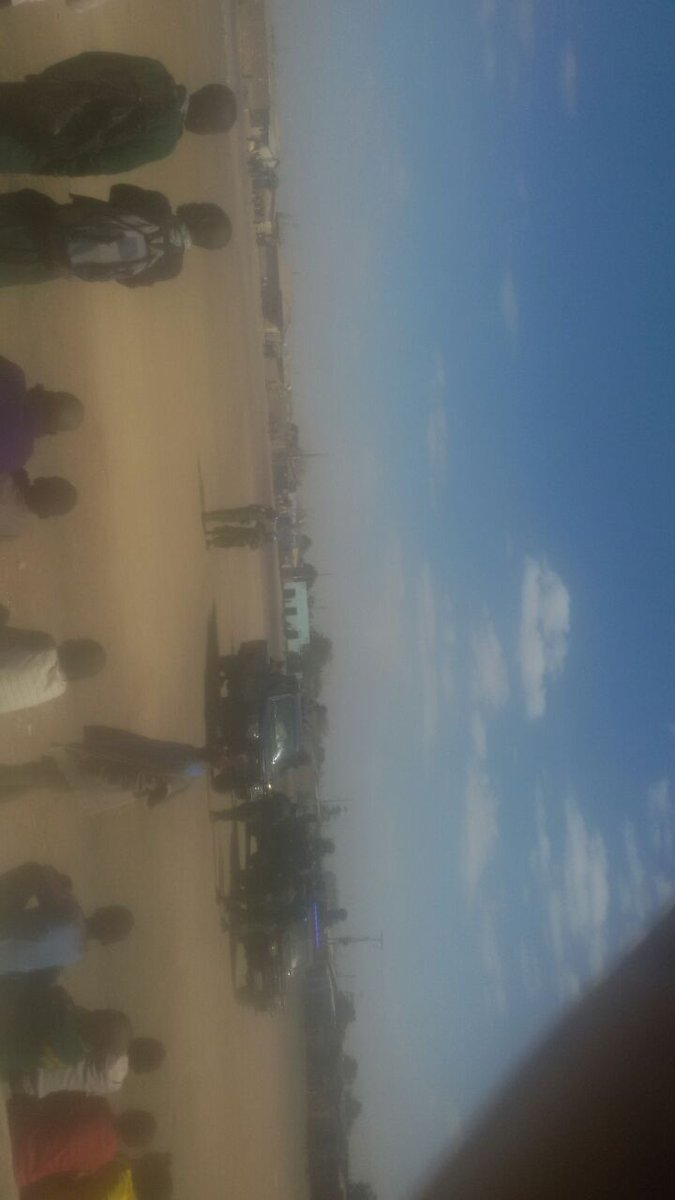 Zambia at crossroads the PF police stops upnd rally in chawama happening now  @UPND2016 @ZEIC_2016  #Zambia