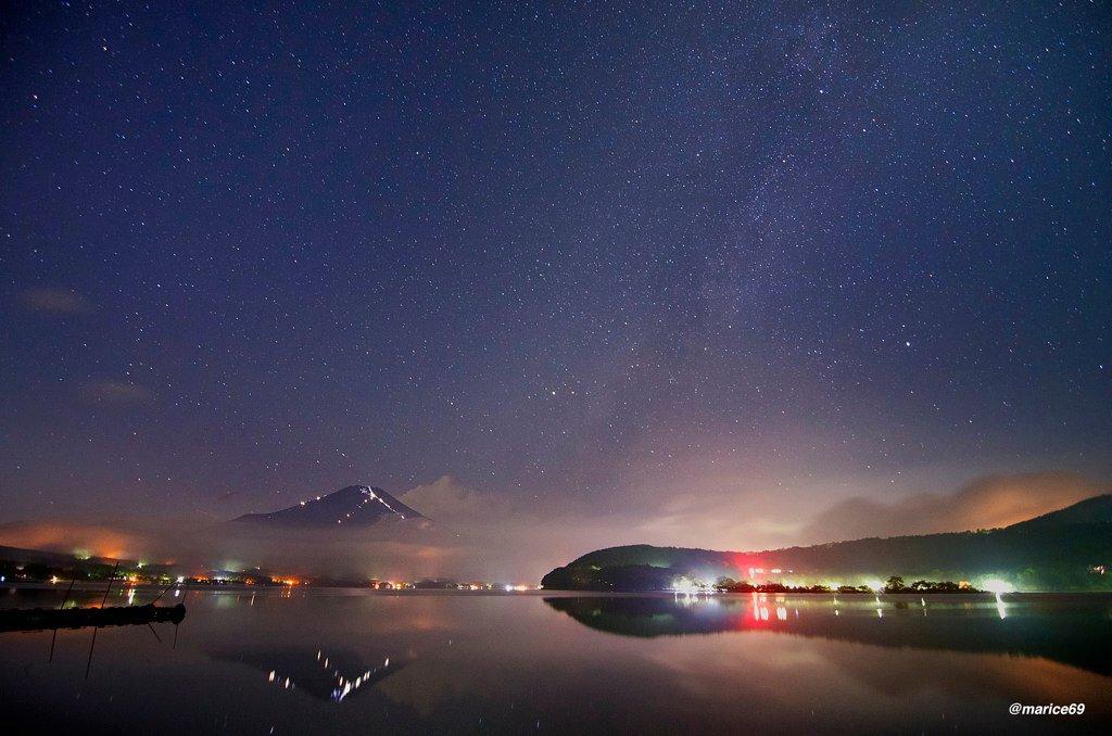 長野に越してから、富士山撮ってないなぁと思い、天の川と富士山の写真を探していたら、3回ぐらいしか撮っていなかった(^^;;  1. 夏の山中湖 2. 春の新道峠 3. 冬の本栖湖  #airsors #mysky #fujisan https://t.co/uRnVYmTe6Y