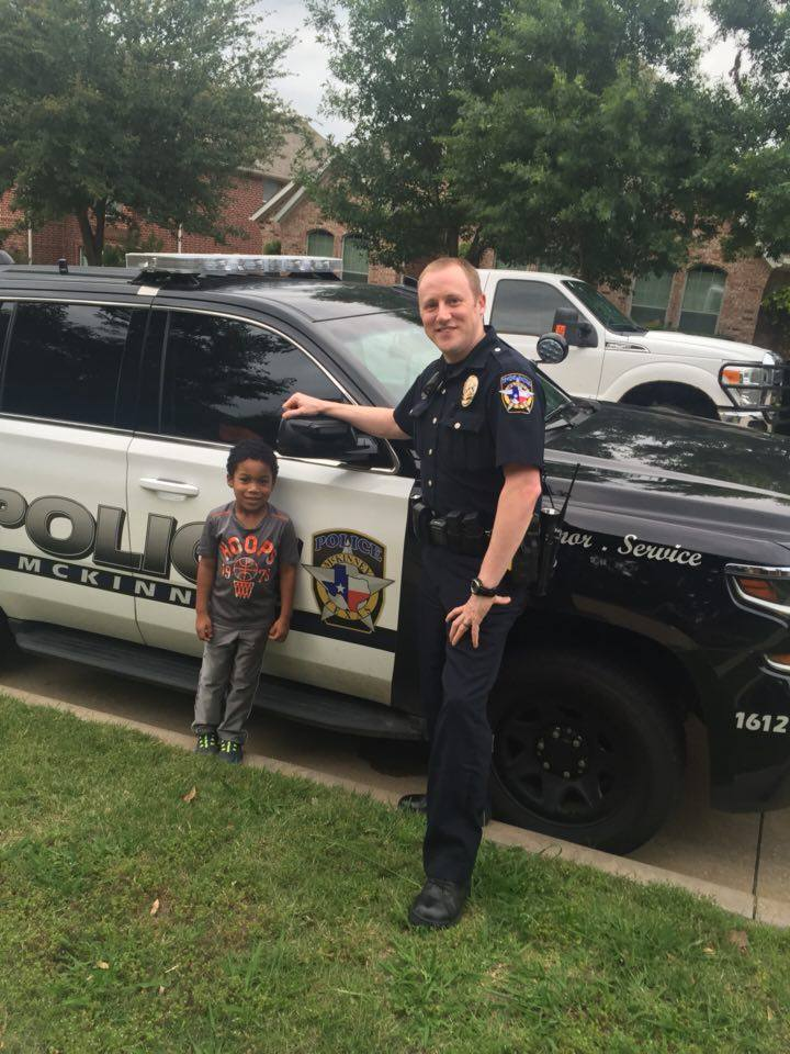 """""""We love and support our McKinney Police Department!"""" Photo submitted by: Arlene Ceaser #McKinneyPD https://t.co/gfCBLCOaeW"""